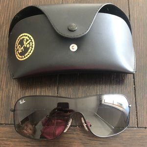 Accessories - Unisex rayban sunglasses